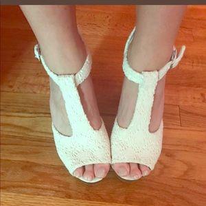 H&M Heels - White Crochet w/ Wood Block Heel sz40